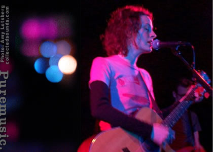 Sarah Harmer - photo by Amy Lotsberg / collectedsounds.com